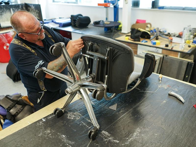 Cấu tạo ghế xoay và cách xử lý khi ghế bị hư ống hơi, bị kêu