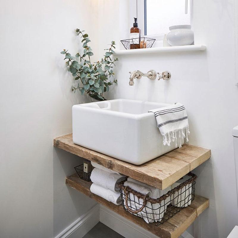 Gợi ý ý tưởng cho việc tận dụng không gian dưới chậu rửa không bệ đỡ